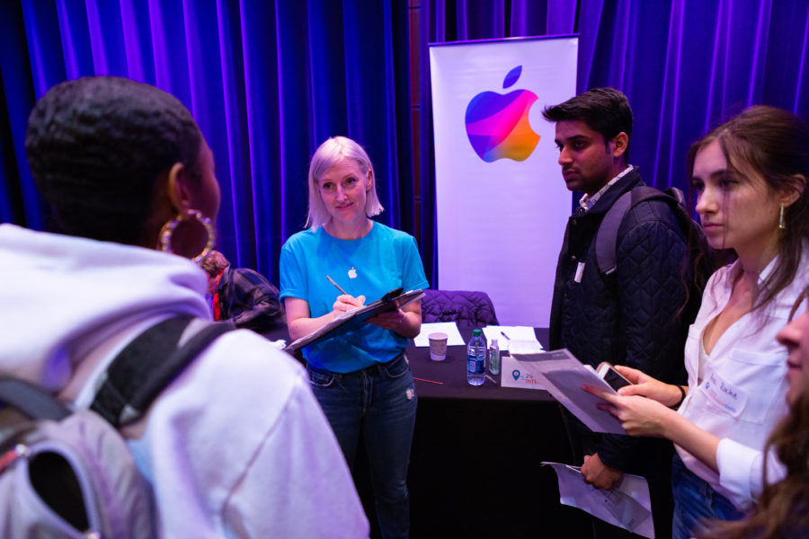 Students interact with Apple at the Internship Expo